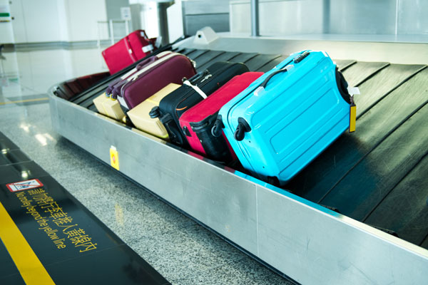 rfid RFID in Airports: The Airports Crisis in 2017 suitcasesonluggagebelt